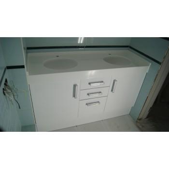 Ничто не украшает ванную комнату так как красивый мойдодыр, особенно, если этотмойдодыр из акр..